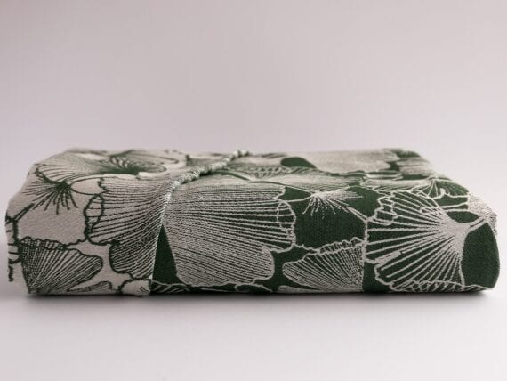 Ramsons. A dark green wrap made of 100% combed cotton with a gsm of 340.